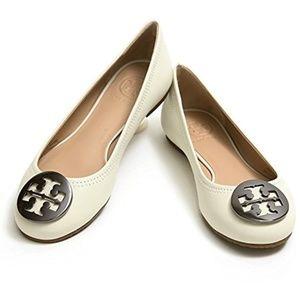 Tory Burch || Reva Flats [Ivory + Silver Logo]